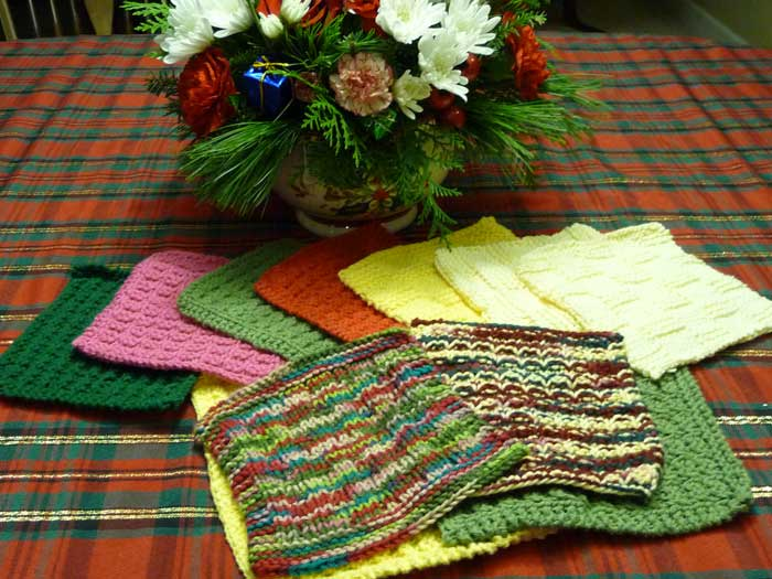 Knitting dishcloths