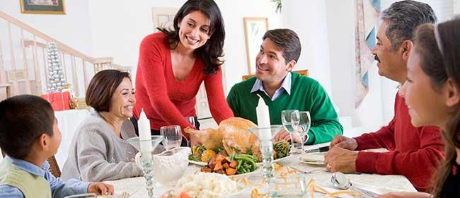 Family Eating Dinner Together - Skinny Eating involves the Family