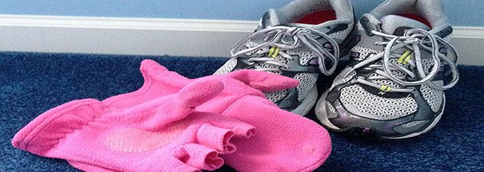 Sneakers & Gloves